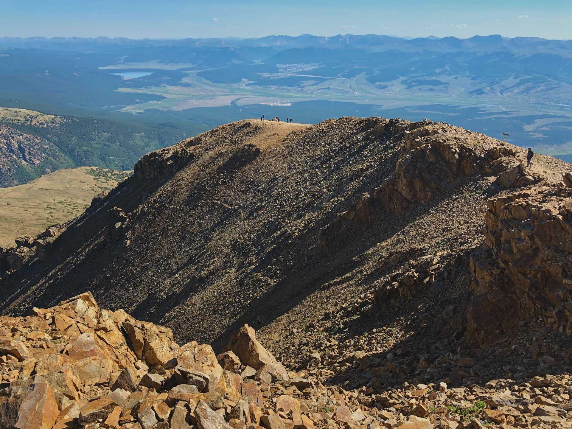 wideshot of Mount Elbert