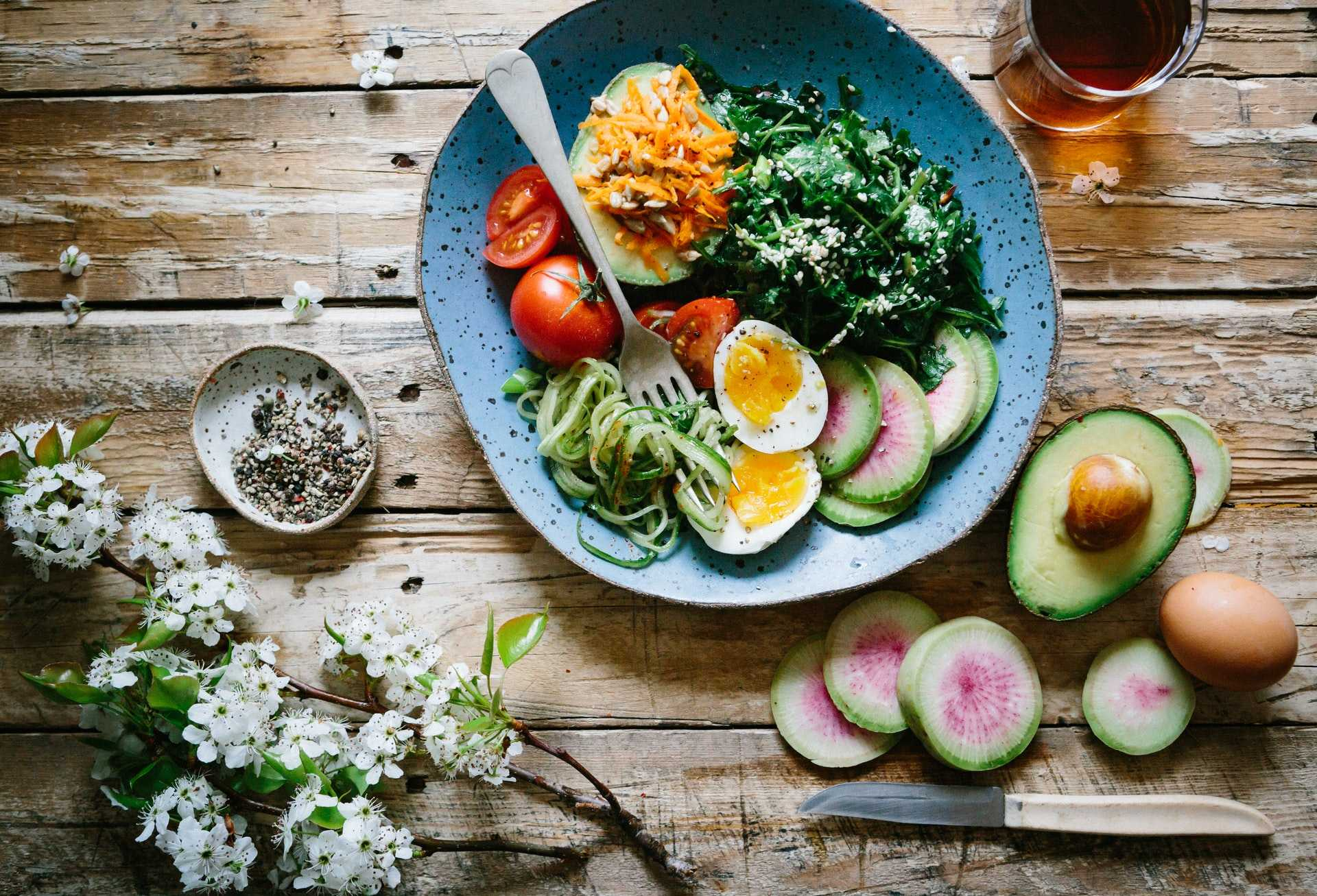bird's eye view of vegetable platter