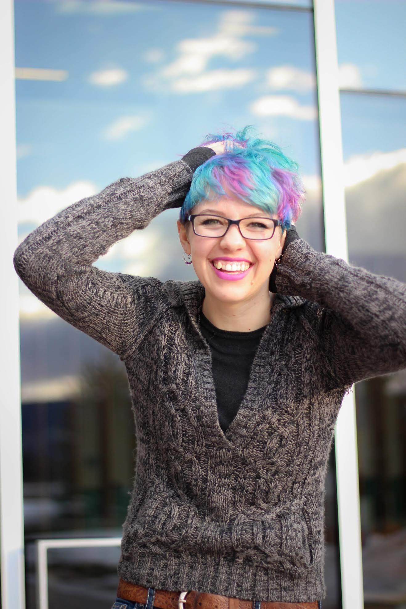 CSU student with blue, turquoise, and purple hair